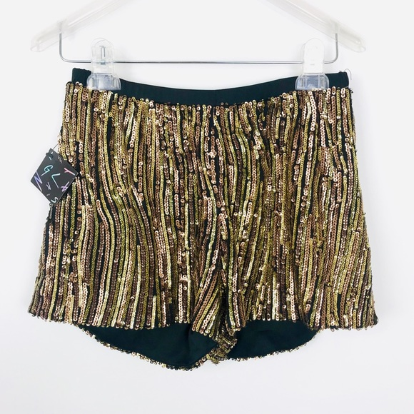 Nasty Gal Pants - Festival🎡Nasty Gal Gold sequin shorts